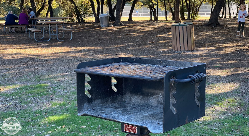 dick-nichols-park-grill-and-benches