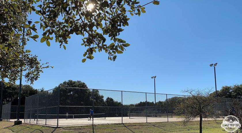 dick-nichols-park-tennis-courts