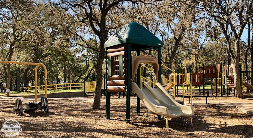 Garrison Park & Municipal Pool